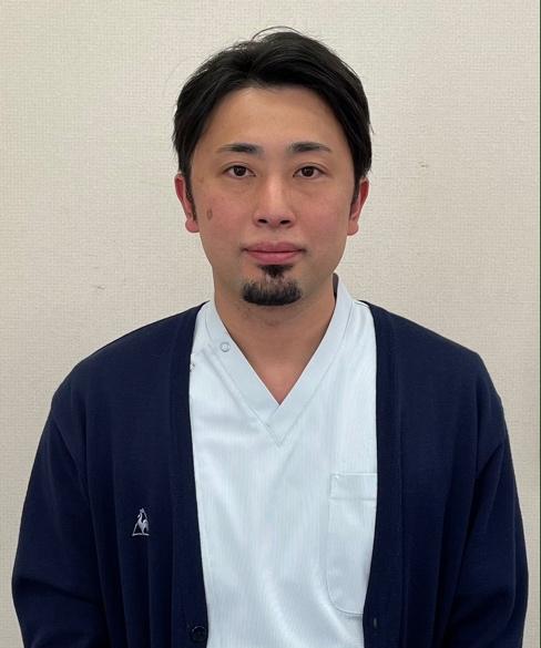 里﨑 賢人 理学療法士長